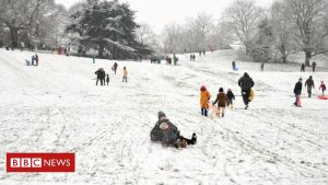 snow:-severe-climate-warnings-in-build-aside-all-over-uk